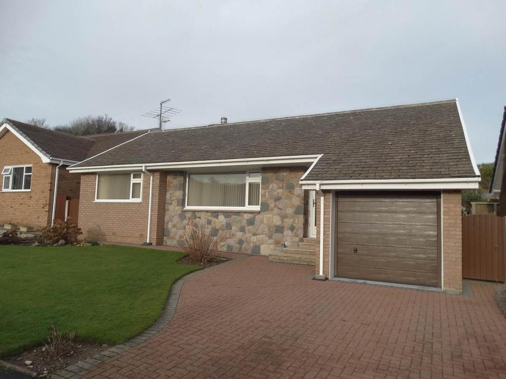 3 Bedrooms Detached Bungalow for sale in 45 Brompton Park, Rhos on Sea, LL28 4TW