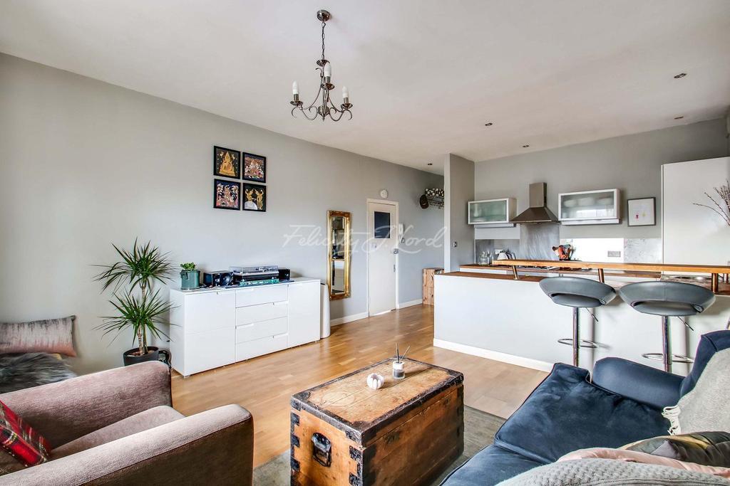 1 Bedroom Flat for sale in Shooters Hill Road, Blackheath, SE3