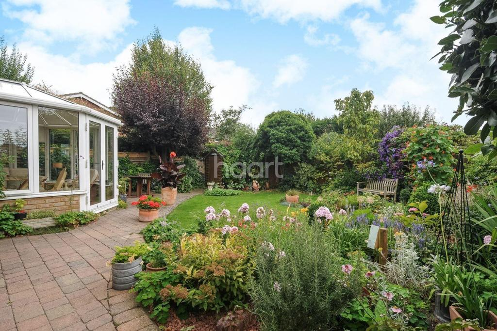 4 Bedrooms Detached House for sale in The Paddock, Harston, Cambridgeshire