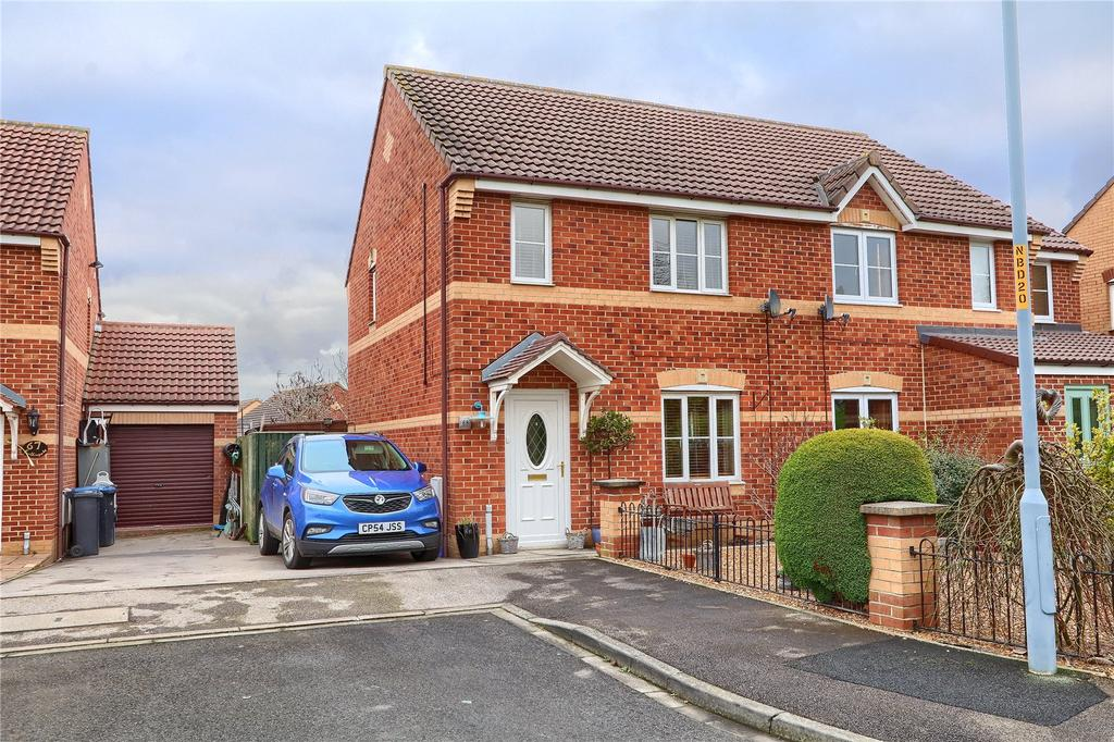 3 Bedrooms Semi Detached House for sale in Farthingale Way, Hemlington