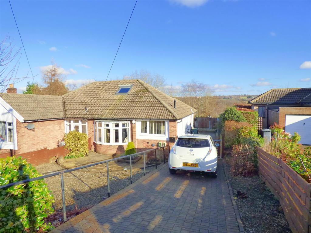 2 Bedrooms Semi Detached Bungalow for sale in Royd Wood, Cleckheaton