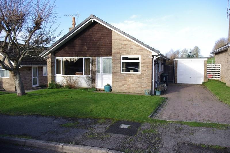 2 Bedrooms Detached Bungalow for sale in Coneygar Close, Bridport