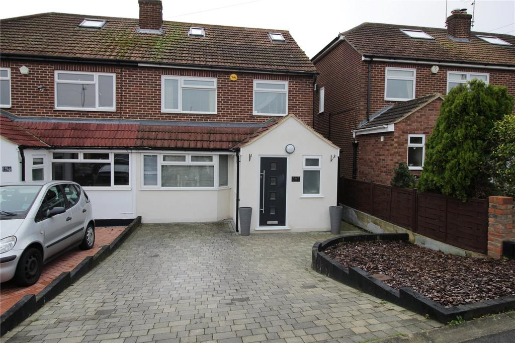 4 Bedrooms Semi Detached House for sale in Great Berry Lane, Langdon Hills, Essex, SS16