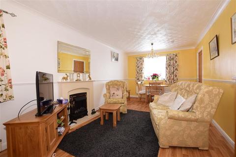 3 bedroom detached bungalow for sale - Spruce Avenue, Waterlooville, Hampshire