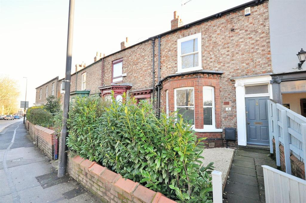3 Bedrooms Terraced House for sale in Haxby Road, York, YO31 8JX