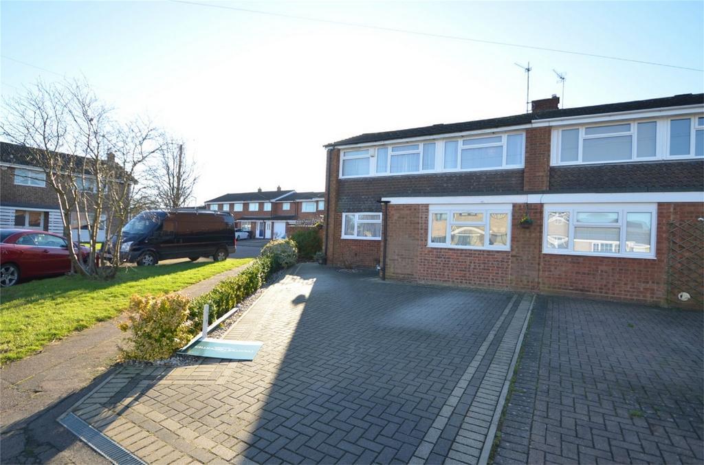 3 Bedrooms Semi Detached House for sale in Oakwood Road, SHEFFORD, Bedfordshire