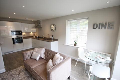 1 bedroom flat to rent - Park Lane,  Poynton, SK12