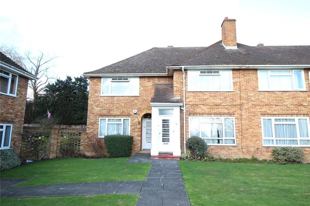2 Bedrooms Maisonette Flat for sale in Kerry Court, Stanmore, HA7
