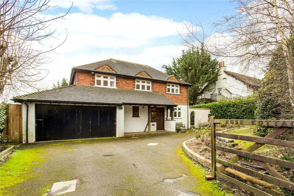 4 Bedrooms Detached House for rent in Upper Woodcote Village, Purley, Surrey, CR8