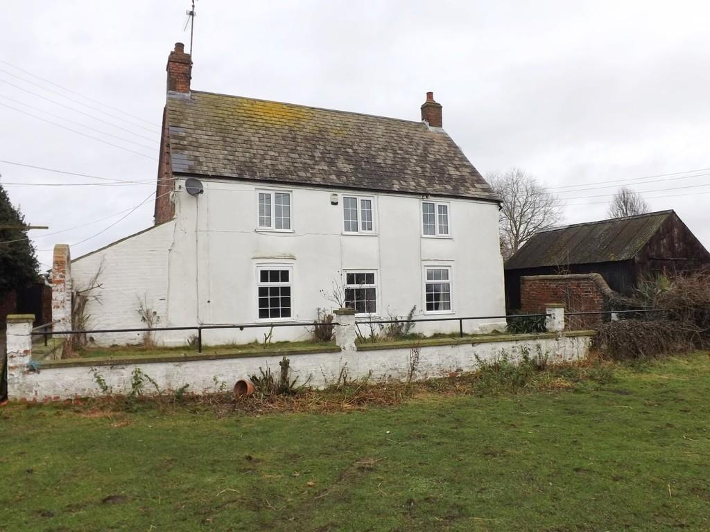 4 Bedrooms Farm House Character Property for sale in Whaplode