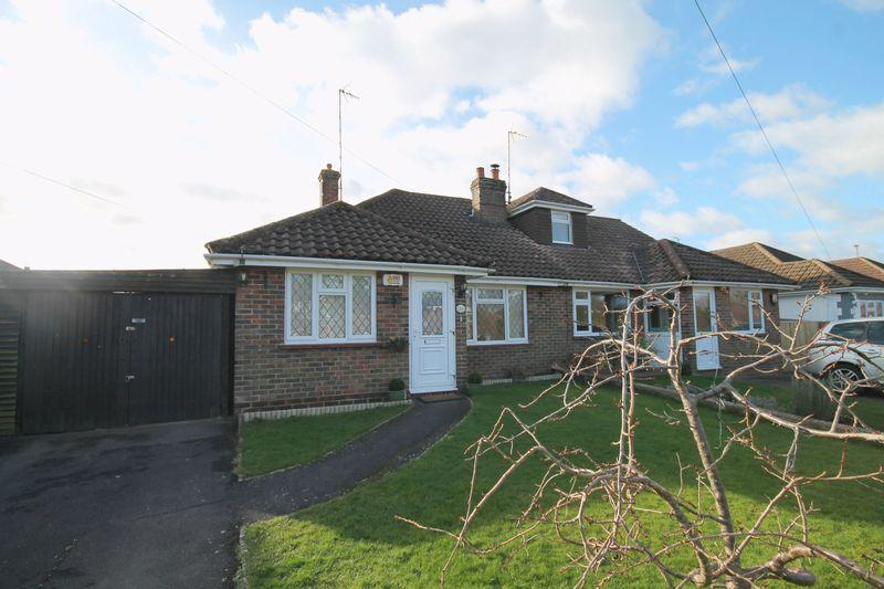 2 Bedrooms Semi Detached Bungalow for sale in Dale Avenue, Hassocks, West Sussex,
