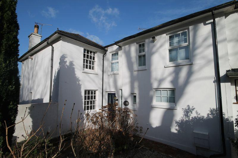 2 Bedrooms Terraced House for sale in Stanford Avenue, Hassocks, West Sussex,