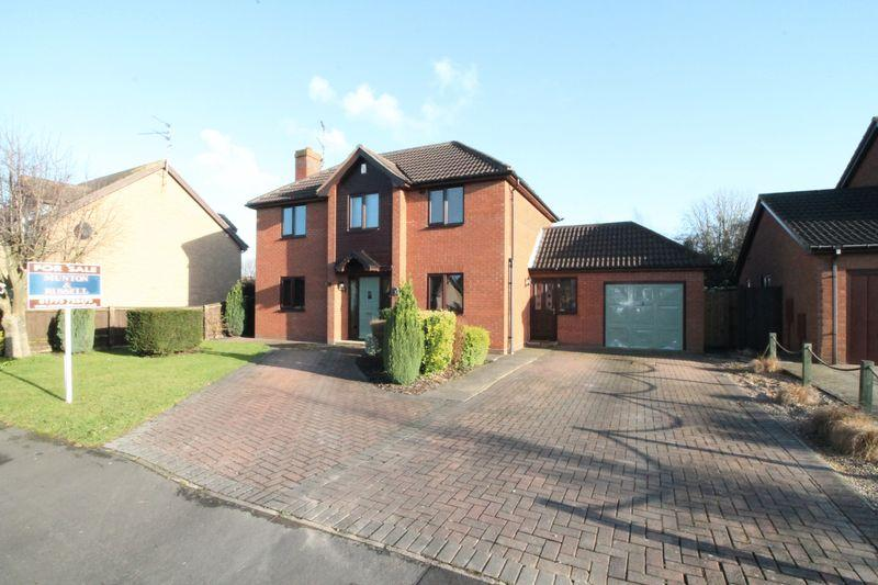 4 Bedrooms Detached House for sale in Ambleside Drive, Spalding