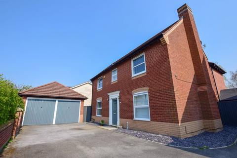 4 bedroom detached house for sale - Lady Acre Close, Lymm
