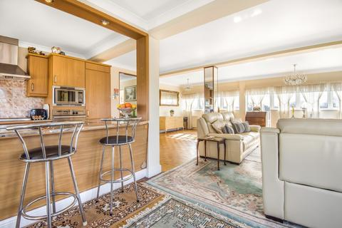 2 bedroom flat for sale - South Row Blackheath SE3