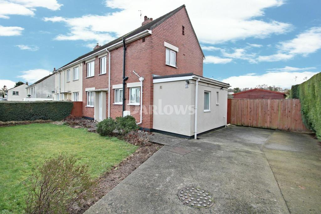 3 Bedrooms Semi Detached House for sale in Fields Road, Cwmbran
