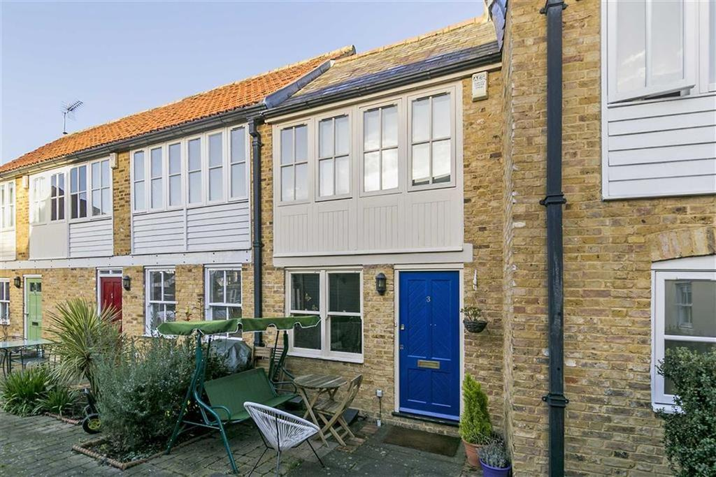 2 Bedrooms Terraced House for sale in Masons Court, Ewell Village, Surrey