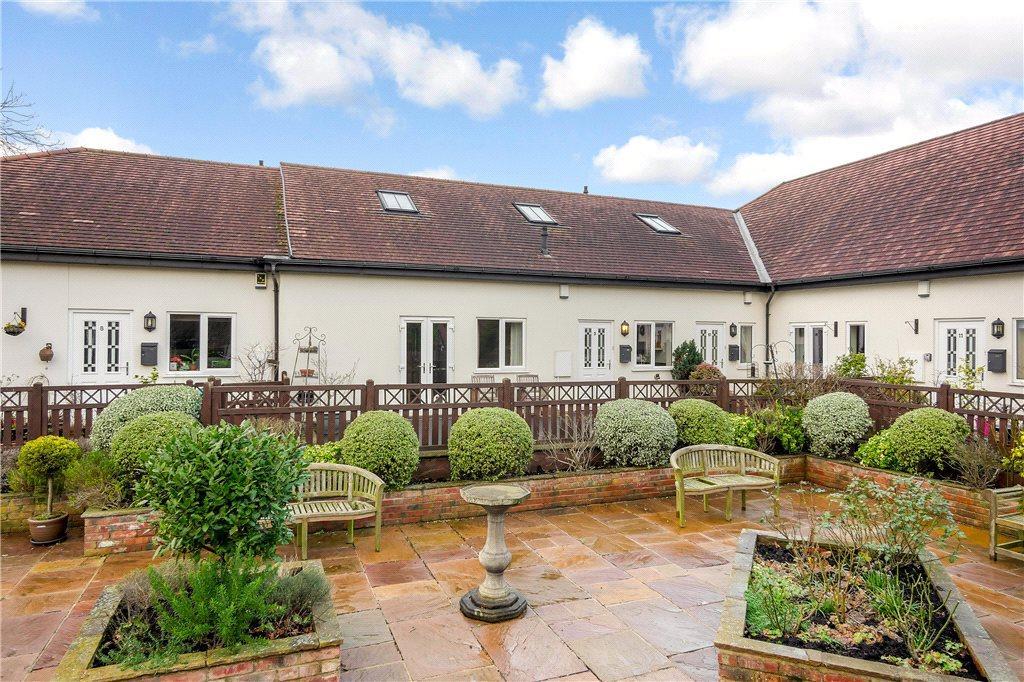 3 Bedrooms Bungalow for sale in Cavendish Gardens, 17 Cavendish Avenue, Harrogate, North Yorkshire