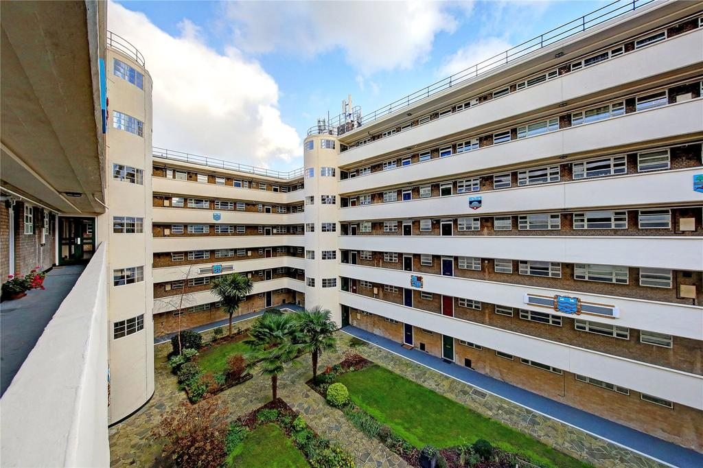 3 Bedrooms Flat for sale in Lichfield Court, Sheen Road, TW9