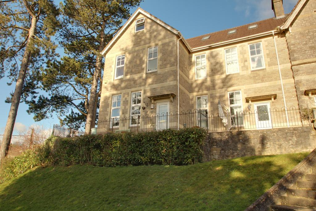 4 Bedrooms End Of Terrace House for sale in SHEPTON MALLET