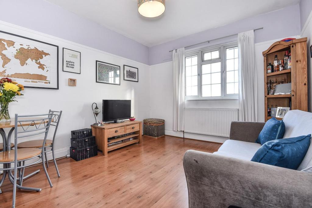 2 Bedrooms Flat for sale in Elmcourt Road, West Norwood