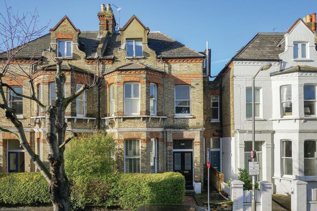 1 Bedroom Flat for sale in Cromford Road, SW18