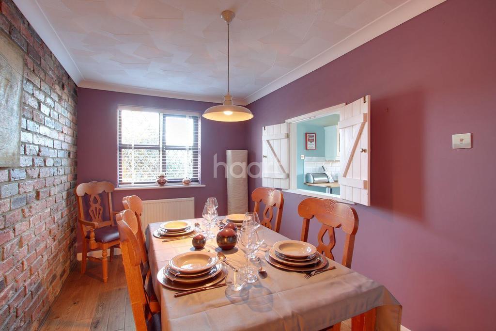 3 Bedrooms Bungalow for sale in Carlton Close, Leverington