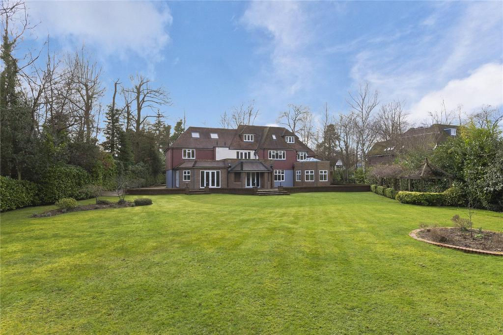 6 Bedrooms Detached House for rent in Silverdale Avenue, Walton-on-Thames, Surrey, KT12