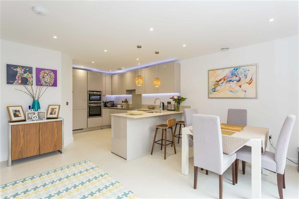 3 Bedrooms End Of Terrace House for sale in Wentworth Drive, Northwood Hills