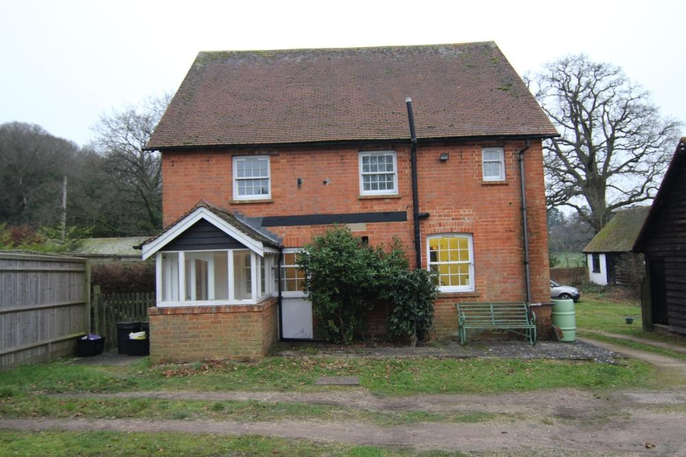 4 Bedrooms Detached House for sale in Wick Hill, Finchampstead, Wokingham, RG40 3SB