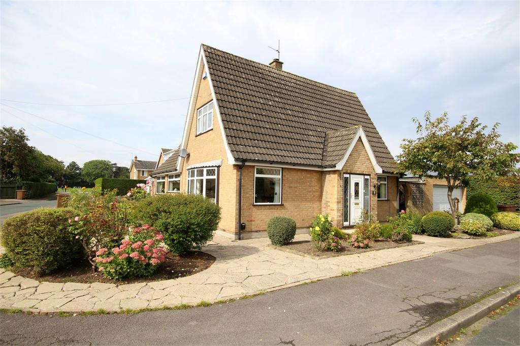 3 Bedrooms Detached Bungalow for sale in Orchard Croft, Cottingham, HU16