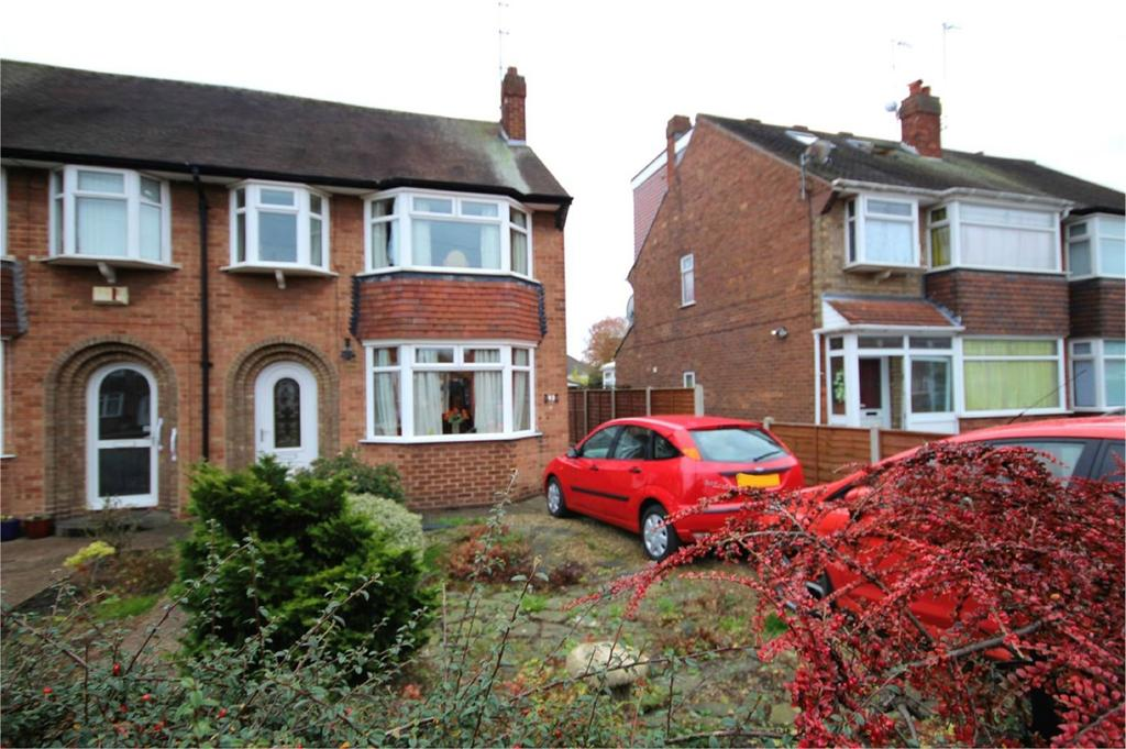 4 Bedrooms Semi Detached House for sale in Auckland Avenue, Hull, HU6
