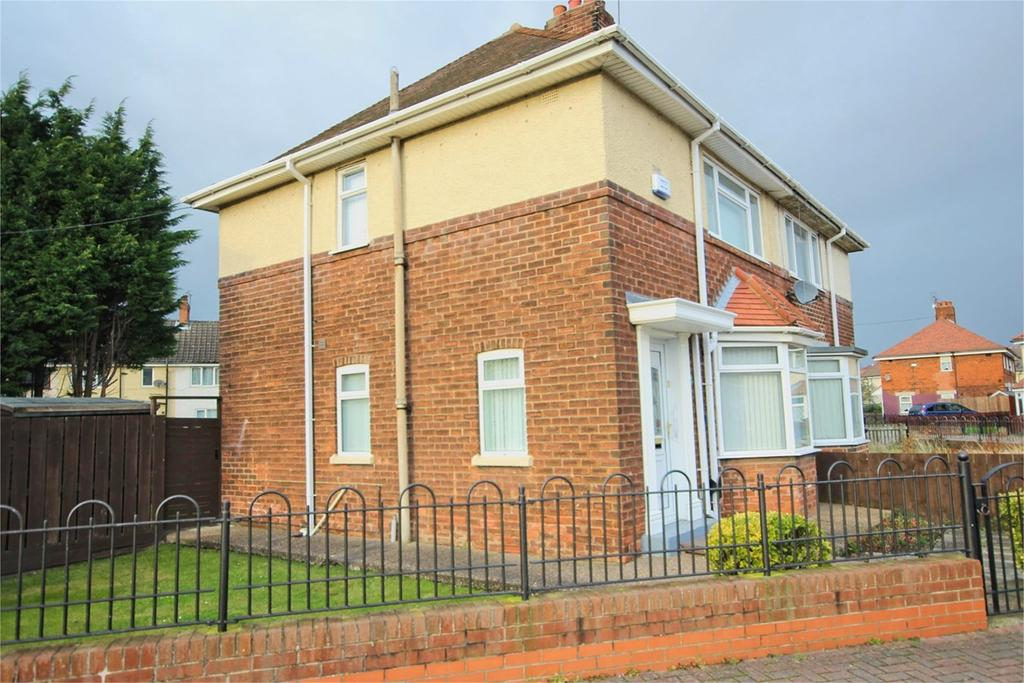 3 Bedrooms Semi Detached House for sale in 33rd Avenue, Hull, HU6