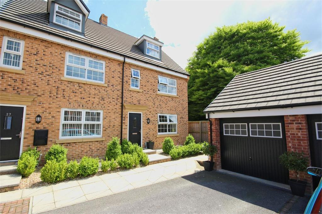 4 Bedrooms Town House for sale in Cleminson Gardens, Cottingham, HU16