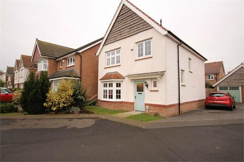 3 bedroom detached house for sale - Holtby Avenue, Cottingham, HU16