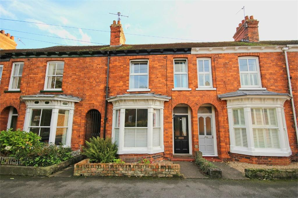 4 Bedrooms Terraced House for sale in Arlington Avenue, Cottingham, HU16