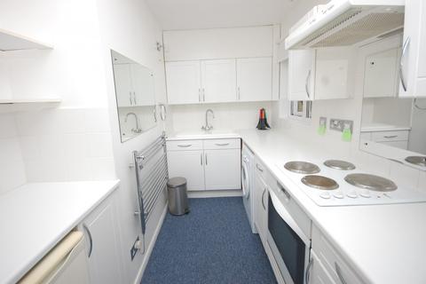 Studio to rent - Abenberg Way, Hutton, Brentwood, Essex, CM13