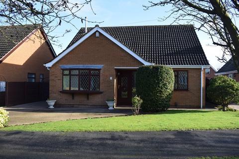 3 bedroom detached bungalow for sale - Edinburgh Drive, Holton-le-Clay