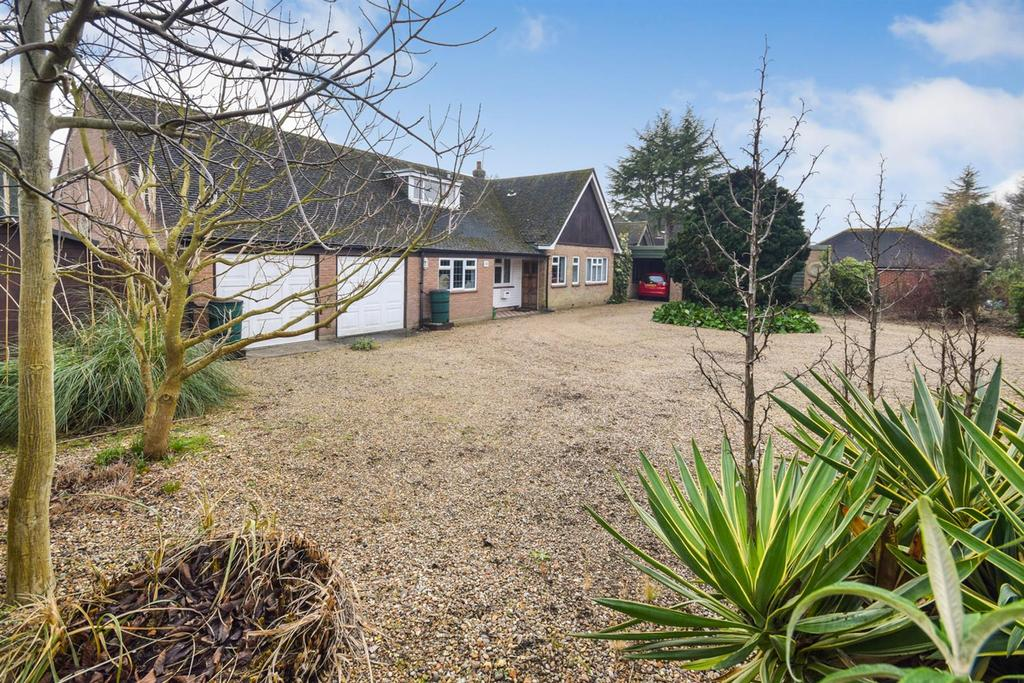 4 Bedrooms Detached House for sale in School Road, Wickham Bishops