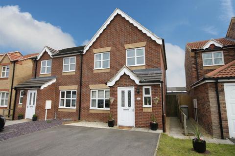 3 bedroom semi-detached house for sale - Faldos Way, Mablethorpe