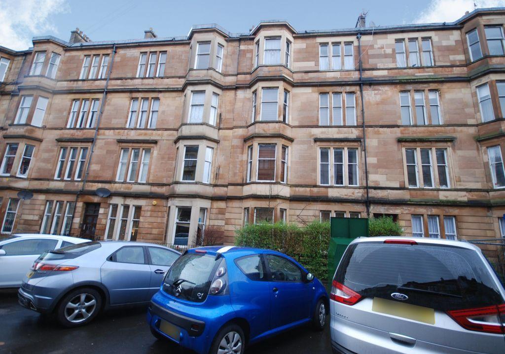 2 2 12 Albert Avenue Queens Park Glasgow G42 8re 2 Bed