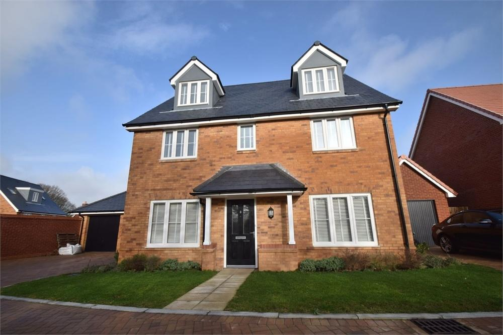 5 Bedrooms Detached House for sale in Lessing Lane, Stone Cross, Pevensey, East Sussex