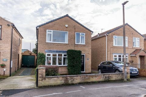 3 bedroom detached house for sale - Whenby Grove, Huntington, York