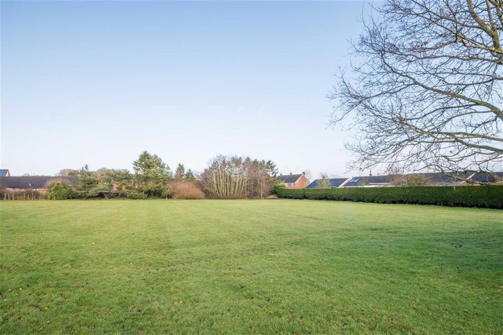 Land Commercial for sale in Erw Ffynnon, Queen Street, Treuddyn, Mold