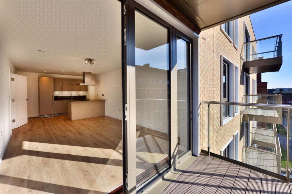 1 Bedroom Flat for sale in Grove House, 27 Frampton Park Road, London, E9