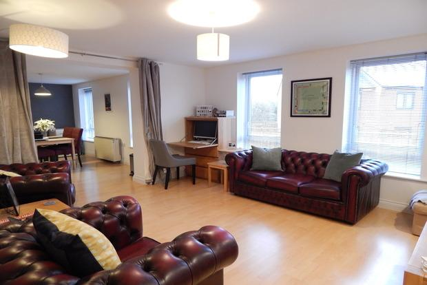 3 Bedrooms Apartment Flat for sale in Millers Green, Sneinton, Nottingham, NG2