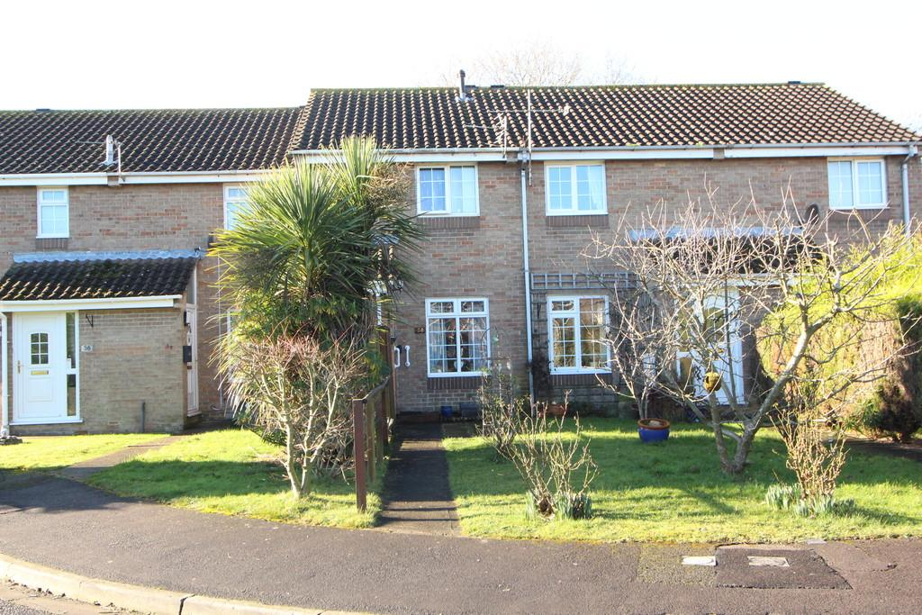 2 Bedrooms Terraced House for sale in Close to walks and amenities in popular seaside town of Clevedon