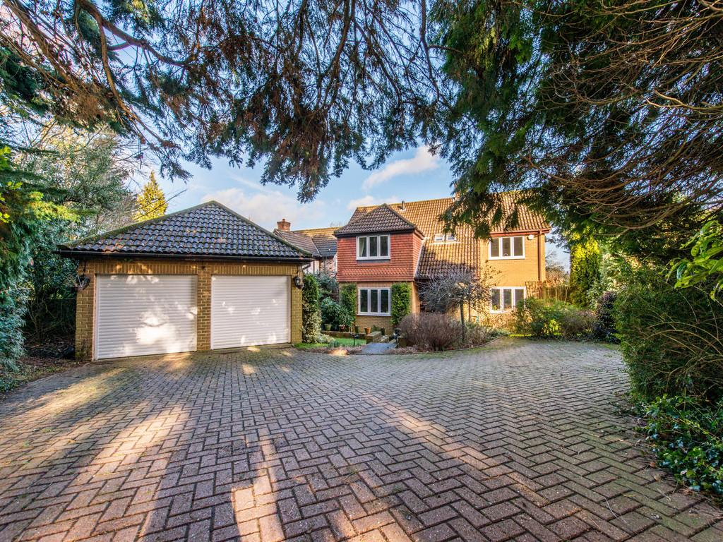 5 Bedrooms Detached House for sale in KENLEY