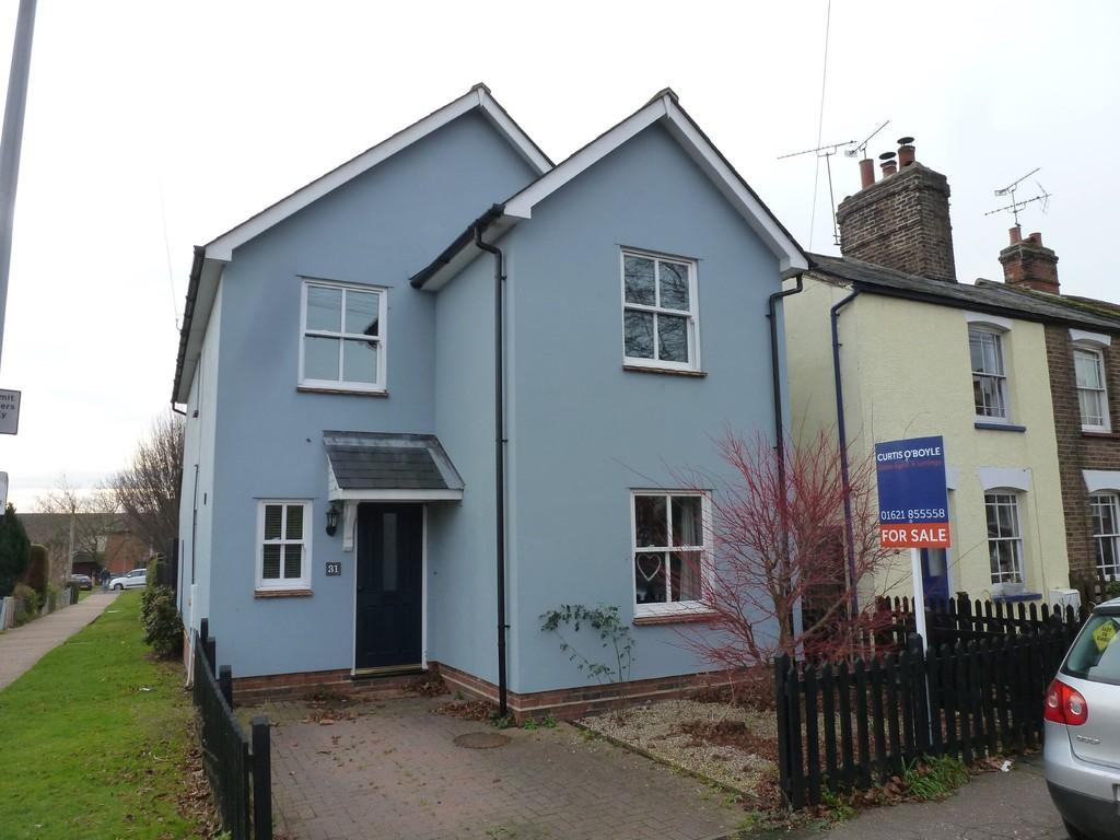 3 Bedrooms Detached House for sale in Tenterfield Road, Maldon