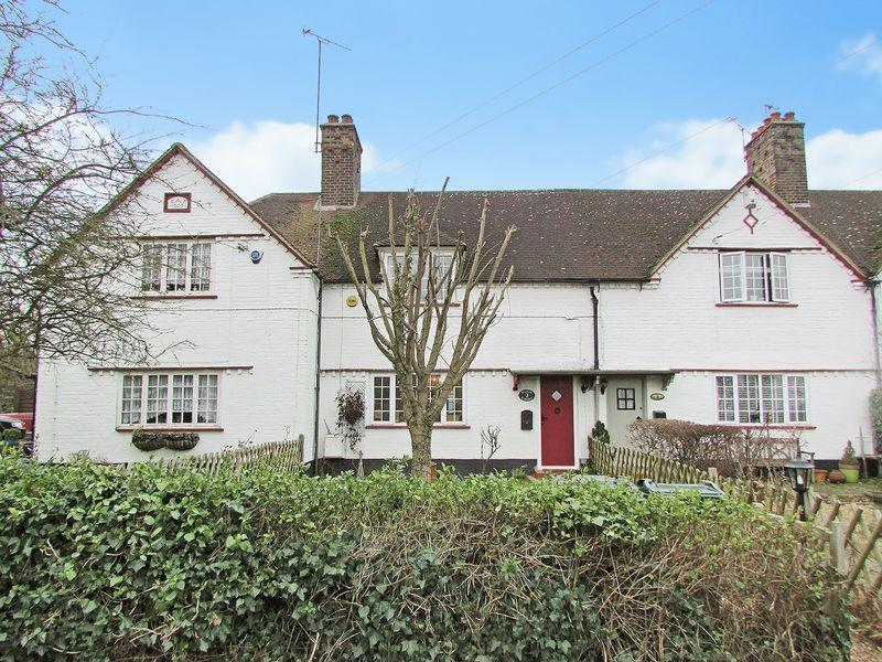 3 Bedrooms Terraced House for sale in Rowhill Cottages, Wilmington